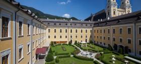 Linser_Hospitality_Hotel_Schloss_Mondsee_Innenhof